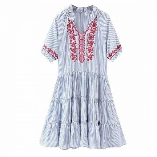 Kurzes Kleid blau Stil